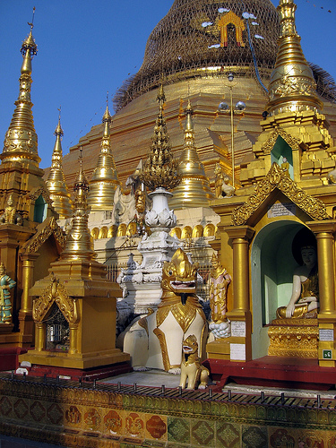 Янгон, Мьянма (Бирма)
